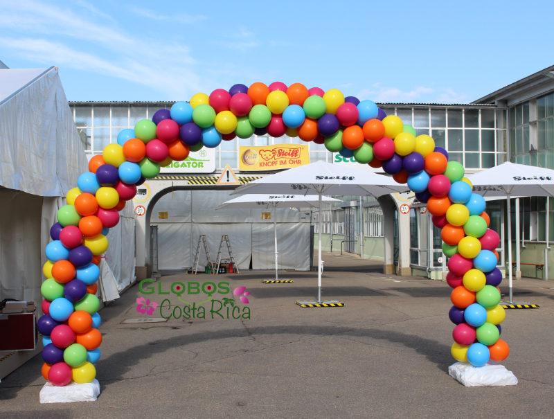 Arco de Globos Multicolor para entrada a Fiesta Familiar Steiff 2016 en Alemania.