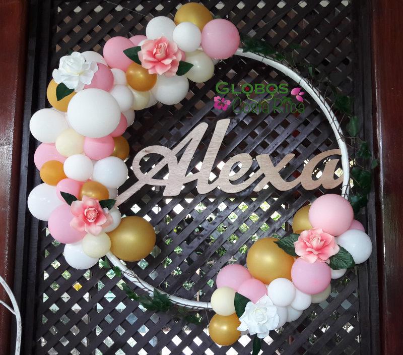 Arco con decoración orgánica de Globos para Baby Shower de Niña en Escazú.