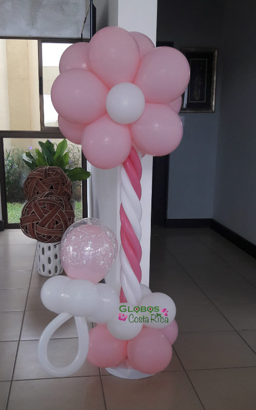 Balloon column and a dummy in pink for a baby shower in Ciudad Colon.