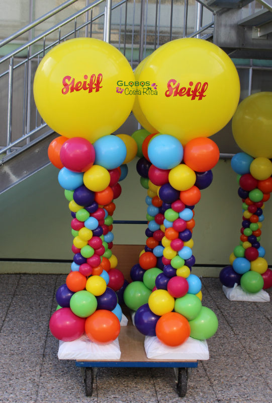 Columnas de Globos Multicolor personalizadas para Fiesta Familiar de Steiff 2016 en Alemania.