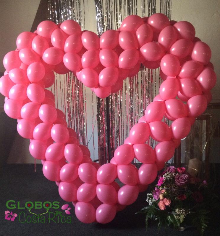 Corazón de Globos grande Rosado para San Valentín en Hatillo.