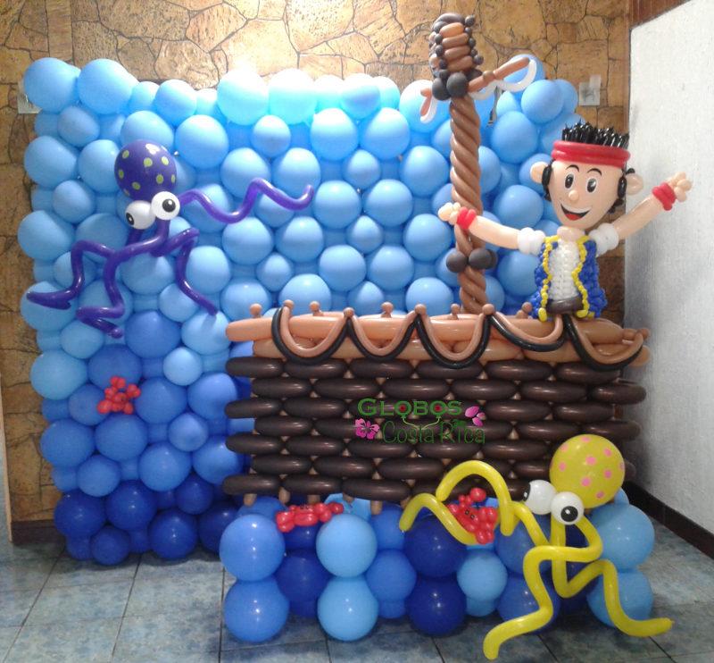 Fondo para Fotos hecho de Globos con el Tema de Jake el Pirata para Fiesta de Cumpleaños en Belén.