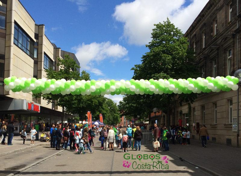 Guirnalda de Globos Bicolor para Maraton en San José.